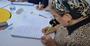 ORMEK'teki okuma yazma kursları devam ediyor