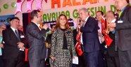 Avrupa Trabzon Dernekler Federasyonu tarafından Köln'de Trabzonspor'a destek gecesi düzenlendi