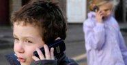 Fransa Meclisi onayladı: Üniversiteye kadar okulda cep telefonu yasak