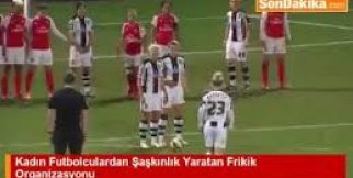Kadın futbolculardan inanılmaz organize frikik golü!